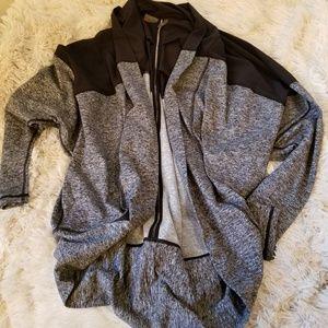 Zella gray & black cocoon athletic wrap cardigan